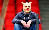 """Справжні свині: фанати """"Спартака"""" розгромили стадіон в Росії - з'явилися фото"""