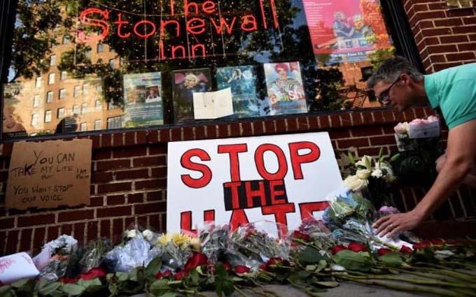 Жорстокий розстріл людей в Орландо: з'явилося відео перших секунд трагедії