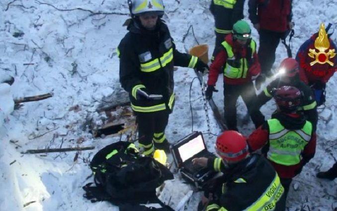 Трагедія з готелем в Італії: стало відомо про цікаву знахідку, з'явилися зворушливі фото