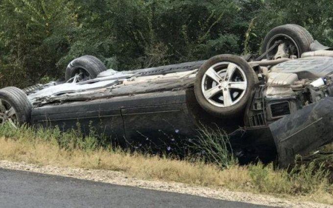 Президент Молдови з сім'єю потрапив в ДТП: опубліковані фото і відео з місця аварії