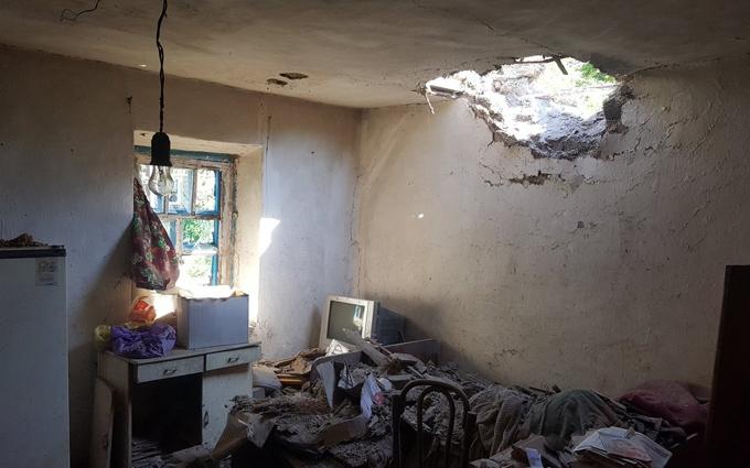 Наслідки обстрілів на Донбасі: опубліковані нові фото