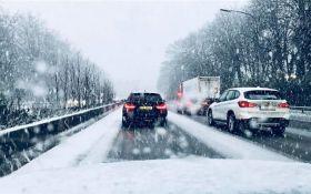 В Бельгии из-за снегопада образовались рекордные пробки