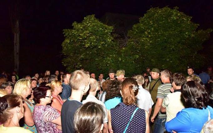 Винесено вирок провокаторам, які блокували військових в Торецьку