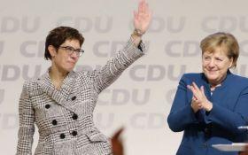 В Германии выбрали преемника Меркель: кто возглавил правящую партию страны