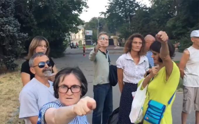 """Прихильники """"русского міра"""" провели акцію в самому центрі Одеси: з'явилося відео"""