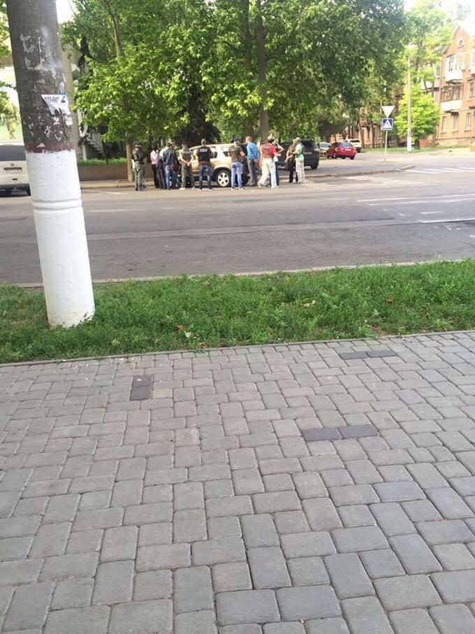 На хабарі спіймали героя України: опубліковані фото (1)