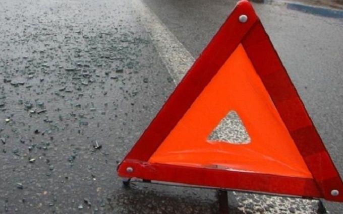 На Черкащині авто паломників-хасидів потрапило в масштабну ДТП: з'явилися фото