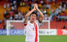 Жена китайского футболиста потребовала жестоко наказать мужа за измены