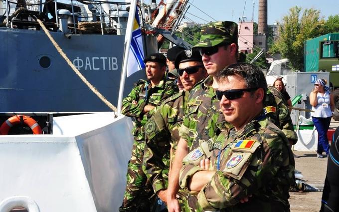 Бойові водолази України та НАТО знешкодили міни: опубліковано яскраві фото навчань