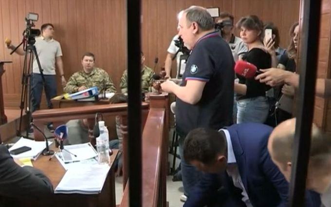 Спійманий на хабарі заступник губернатора розповів, як важко працював: з'явилося відео