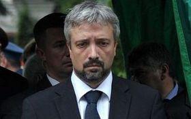 Еще одному известному российскому политику и журналисту запретили въезд в Украину
