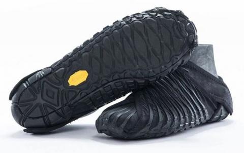 Итальянская компания выпустила обувь с японскими корнями (3)