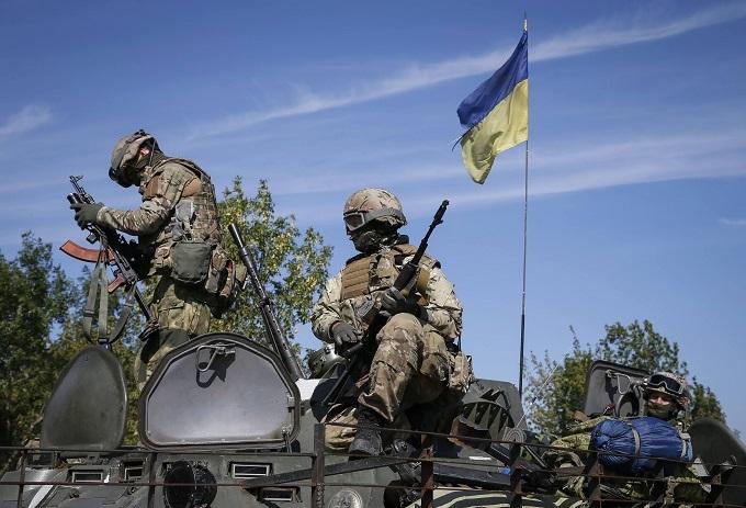 У Порошенка озвучили нові втрати на Донбасі