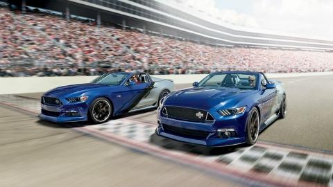 Ford представила спецверсію кабріолета Mustang, приурочену до Різдва