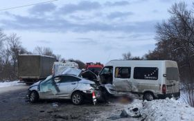 В результате масштабного ДТП в Харьковской области погибли несколько человек - жуткие фото