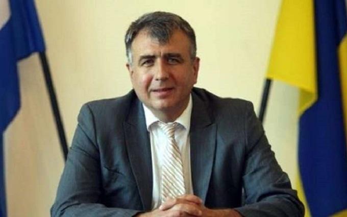 Побільше б таких: українським послом у Хорватії захоплюються в соцмережах
