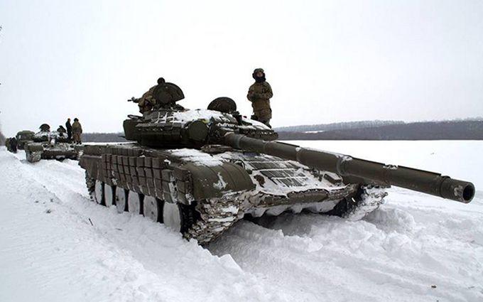 Бойовики зігнали десятки танків на окуповану Луганщину: що відбувається
