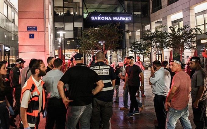 У Тель-Авіві стався шокуючий теракт: з'явилися фото і відео