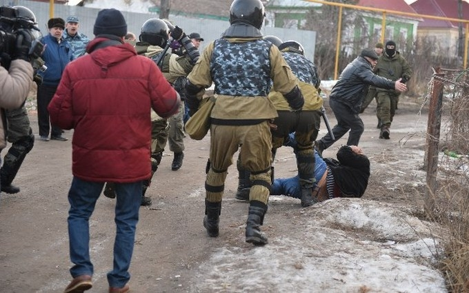 В России жестоко разогнали цыганский газовый бунт: опубликовано видео