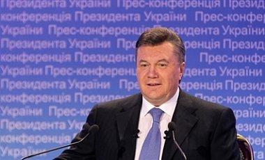 Янукович: мне не стыдно смотреть людям в глаза