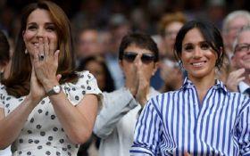 Кейт Міддлтон і Меган Маркл вперше разом вийшли у світ: опубліковані фото