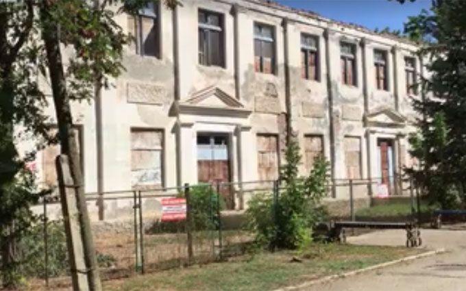 Російські окупанти розвалюють Крим: опубліковано показове відео