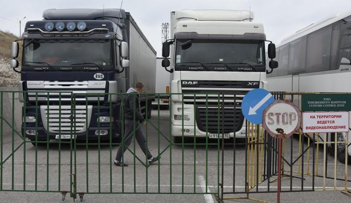 Украина консультируется с ЕС по ситуации с российскими грузовиками