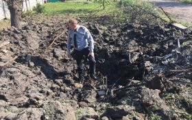 """Загострення на Донбасі: у мережі показали, як виглядає Красногорівка після обстрілів з """"Градів"""""""