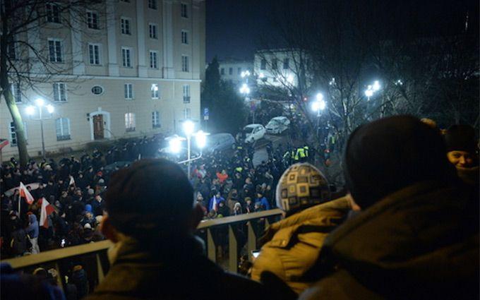 МВД Польши винит оппозицию впопытке захвата власти вгосударстве