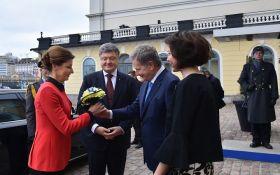 Порошенко обратился к финнам с просьбой насчет России