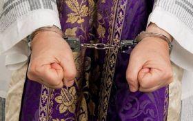ЗМІ: у Німеччині священики зґвалтували декілька тисяч дітей