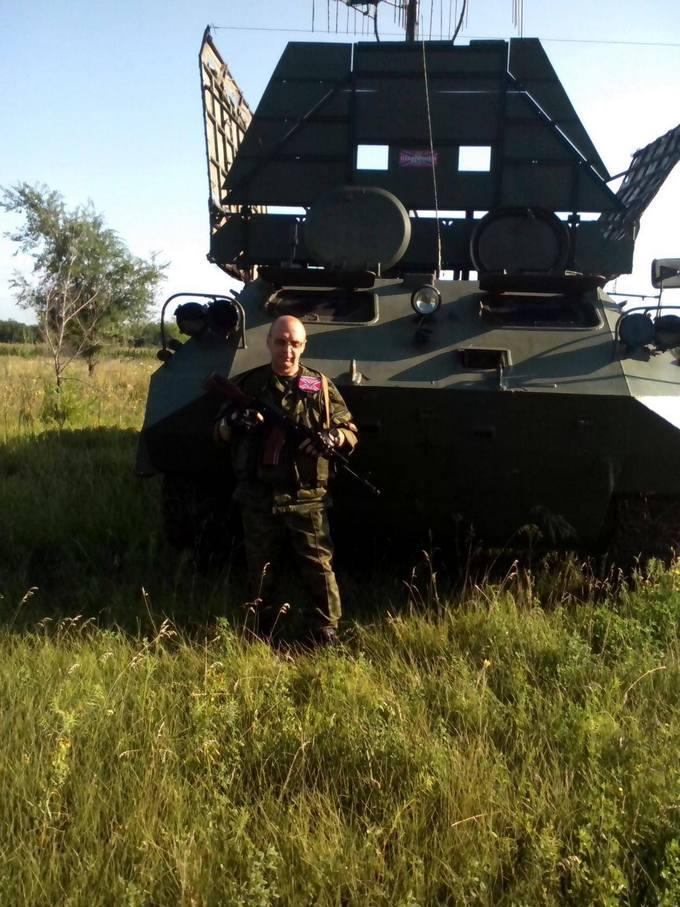Найманці з Білорусі катаються по Донбасу на російській техніці: опубліковані фото (12)