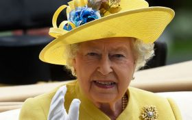 92-летняя королева Великобритании вспомнила хобби: появилось фото Елизаветы II на коне