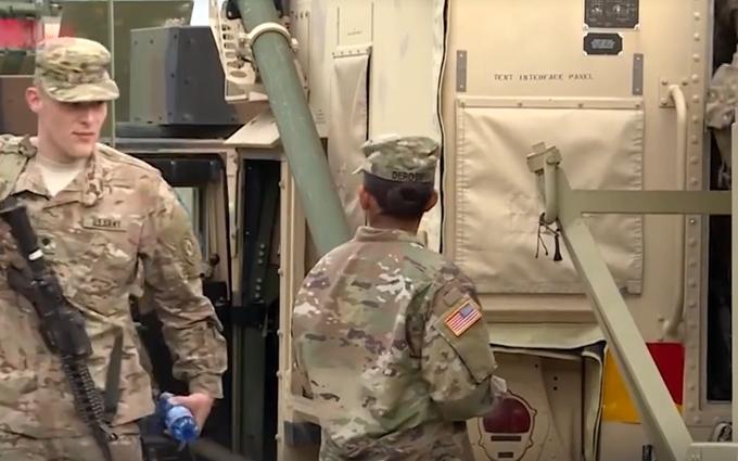 НАТО масштабно перекидує війська до кордону Росії: опубліковано відео