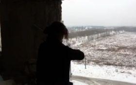 Гимн Украины сыграли на скрипке напротив позиций боевиков: видео восхитило сеть