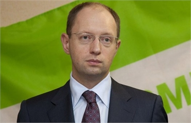 Яценюк отказался от идеи бойкотирования выборов