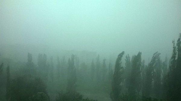 Харків затопило, машини плавали вулицями: опубліковані фото і відео (1)