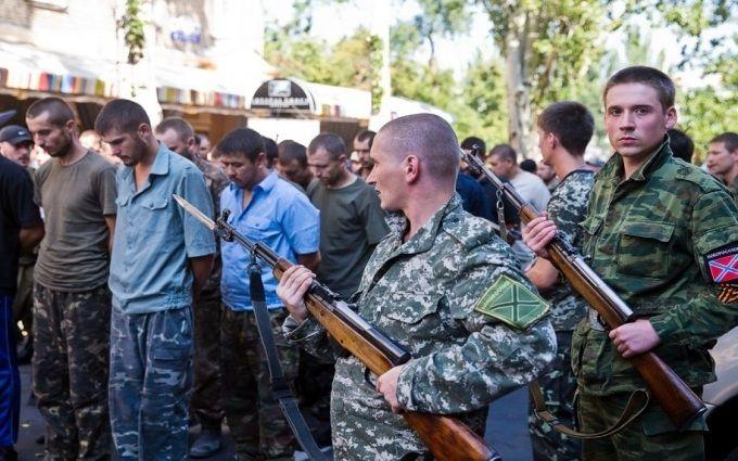 Бойовики ДНР для залякування полонених відрізали людям голови - правозахисник