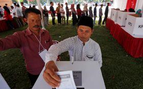 Смертельные выборы в Индонезии - 91 человек погиб, несколько сотен госпитализированы