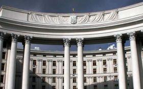 В Украине заявили о недопустимости введения миротворцев Беларуси на Донбасс
