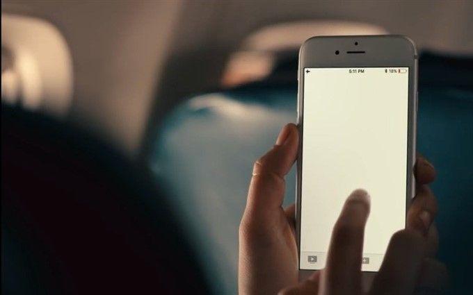 Samsung в новой рекламе Galaxy S9 остроумно поиздевалась над iPhone: опубликовано видео