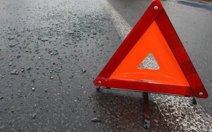 Під Львовом повторилася миколаївська трагедія: авто збило шляховиків