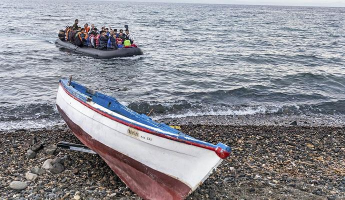 Вблизи Турции затонула лодка с мигрантами