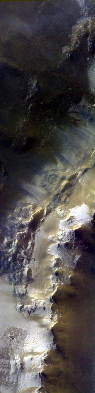 Фантастические кадры: в ESA показали первое цветное фото с Марса (1)