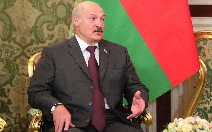 Лукашенко скаржиться, що РФ хоче поглинути Білорусь