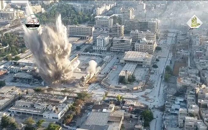 У Сирії підірвали штаб друга Путіна: з'явилося вражаюче відео