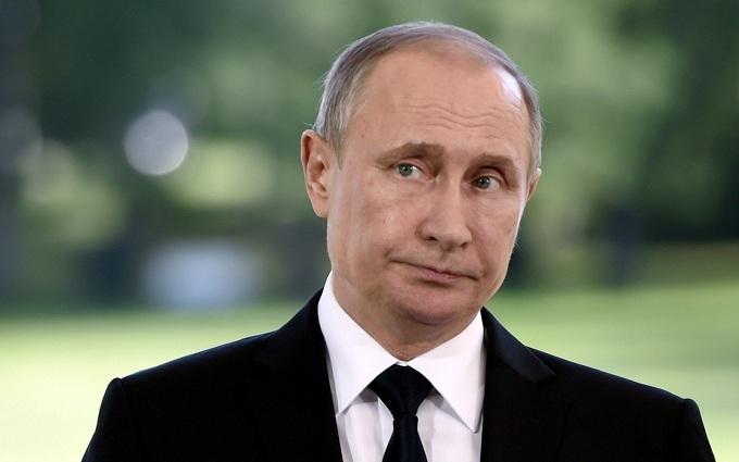 Путін незвично відреагував на скандальну форму олімпійців Росії