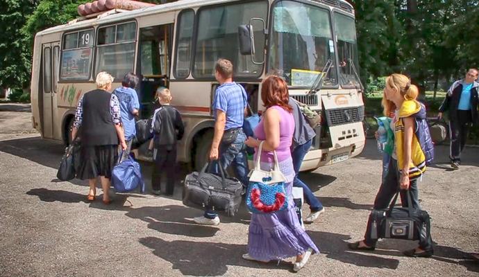 В Украине почти 2 млн беженцев из зоны АТО и Крыма