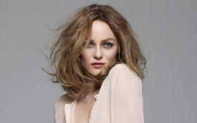 Французская актриса снимается в фильме о войне в Украине