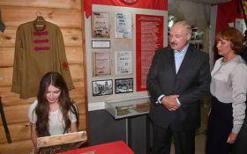 """Лукашенко запропонував """"Міс Білорусь-2018"""" роботу в колгоспі"""
